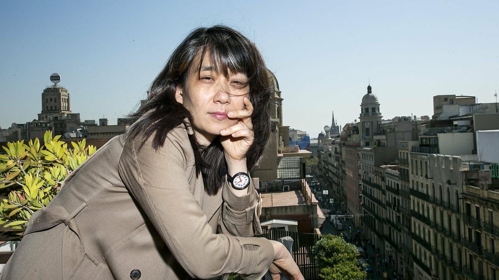 """Han Kang: """"Els malsons m'han il·luminat el camí mentre escrivia"""""""