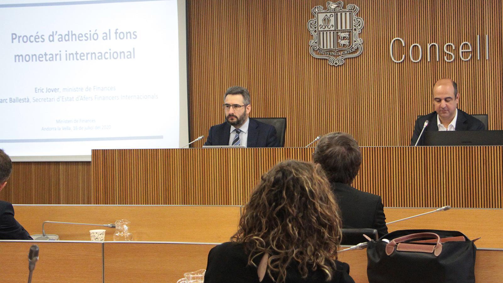 El ministre de Finances, Eric Jover, durant la seva compareixença a la comissió legislativa de Finances i Pressupost