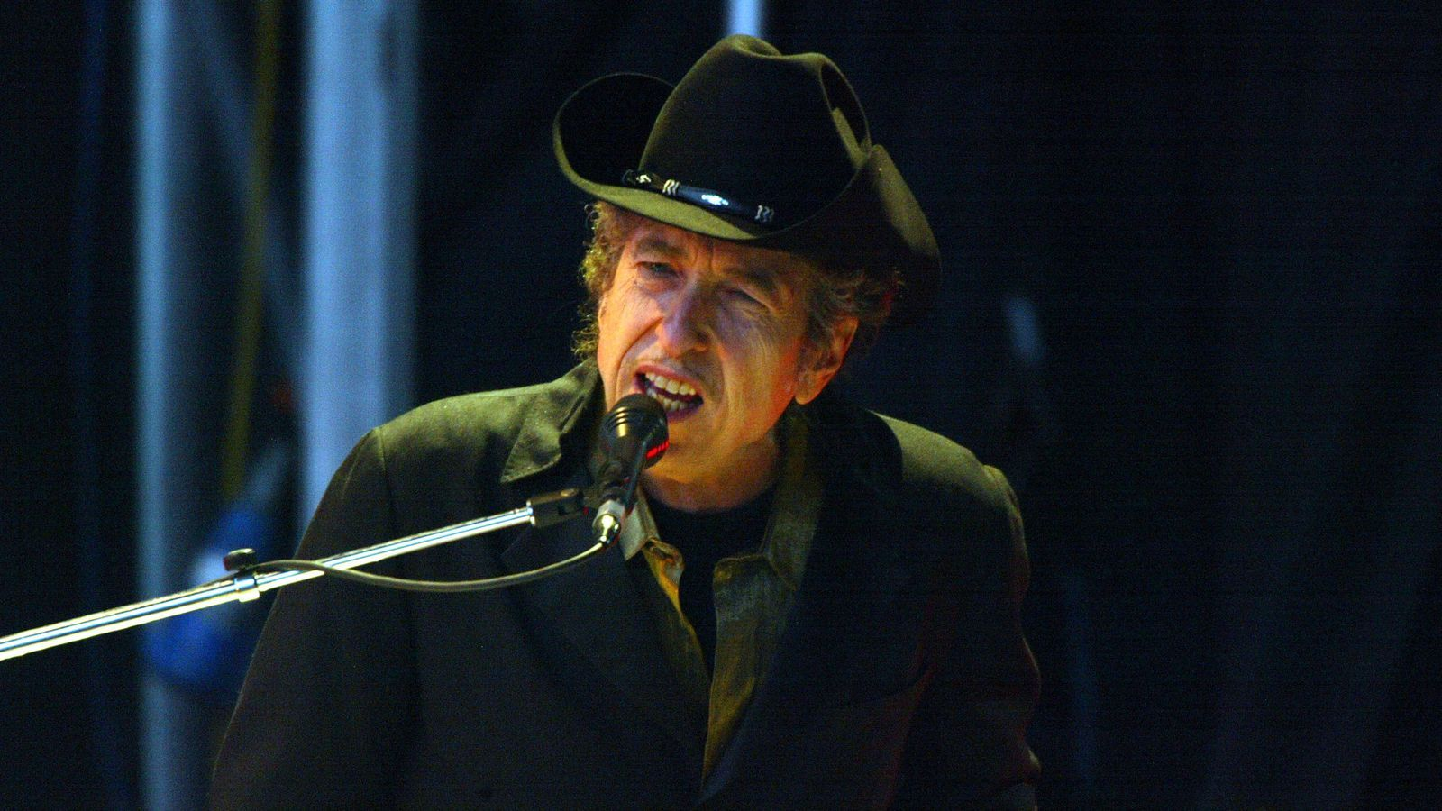 El cantant Bob Dylan a l'escenari de The Fleadh el 2004 al parc de Finsbury a Londres