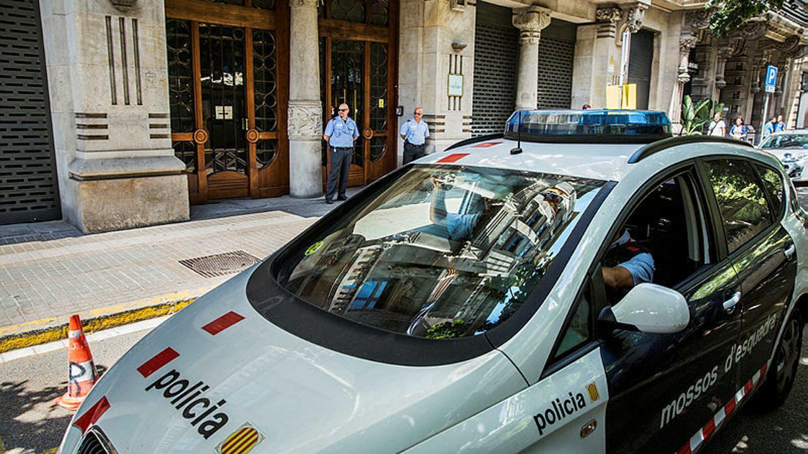 """Colau: """"El que genera més inseguretat a Barcelona són els furts i els robatoris"""""""