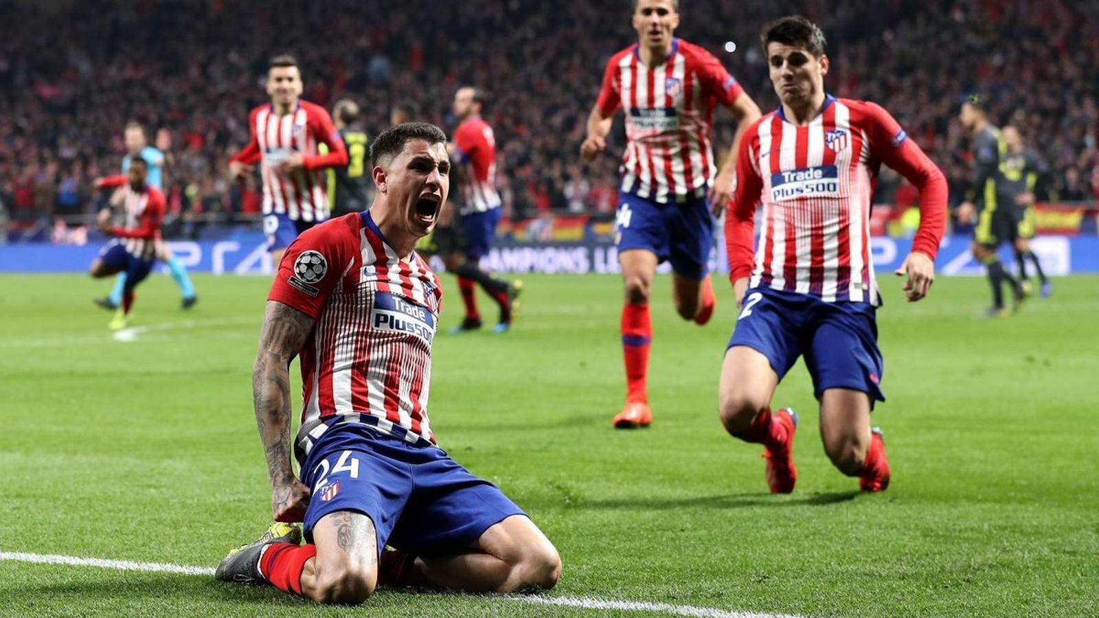 Giménez celebra el seu gol contra laJuve