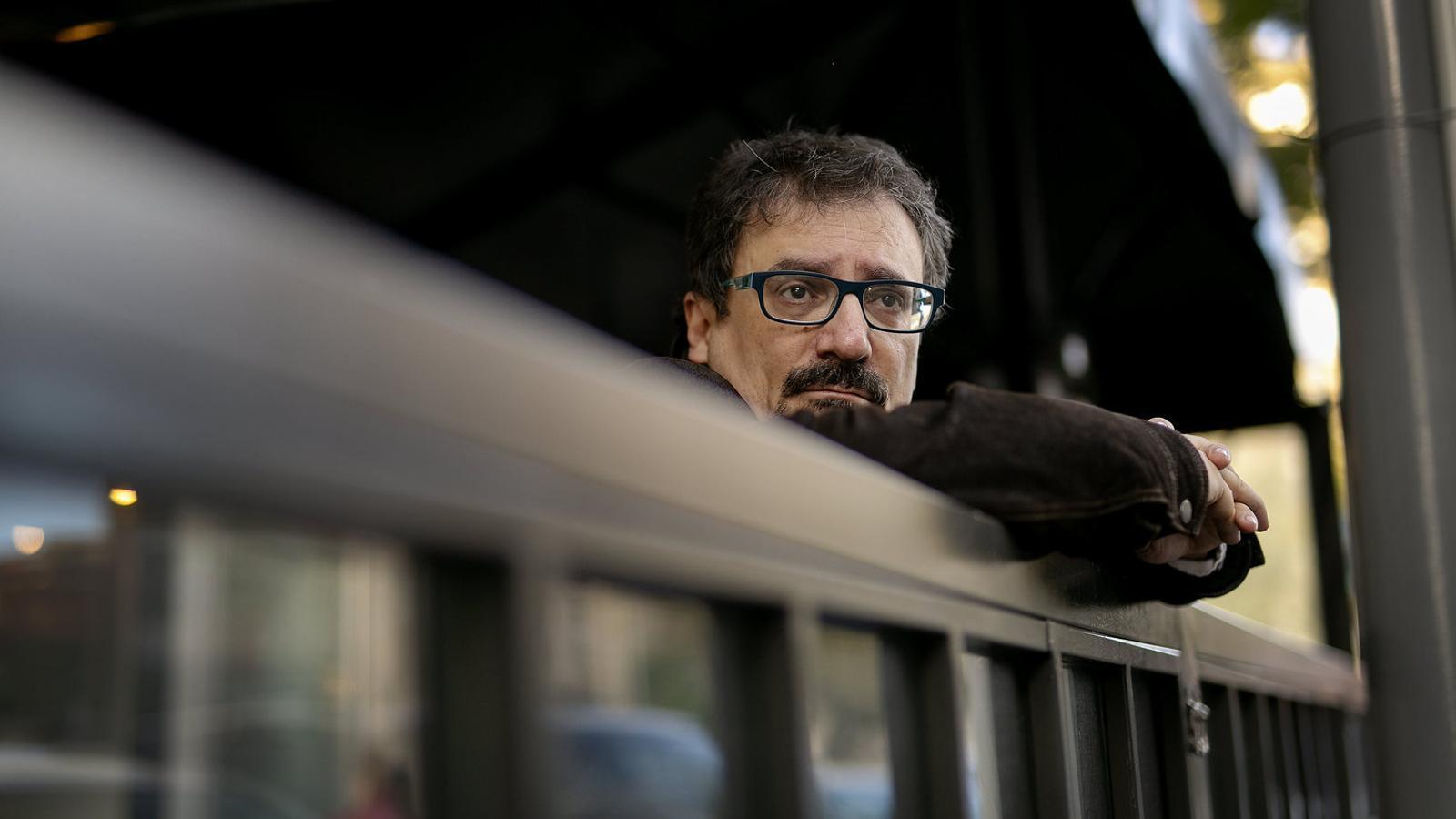 """Albert Sánchez Piñol: """"La gent vol que la manin, i per això és inútil qualsevol revolució"""""""