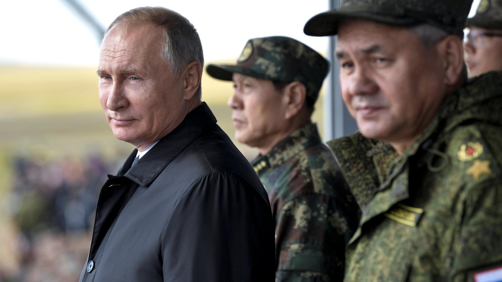 Putin i el seu ministre de Defensa, Sergei Shoigu.