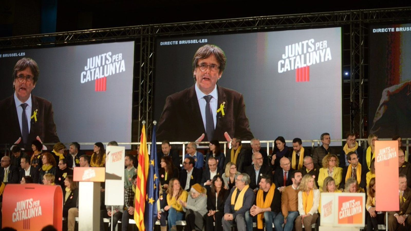 """Puigdemont presenta la victòria de JxCat com la """"garantia"""" que s'alliberin els presos i torni el Govern de l'exili"""