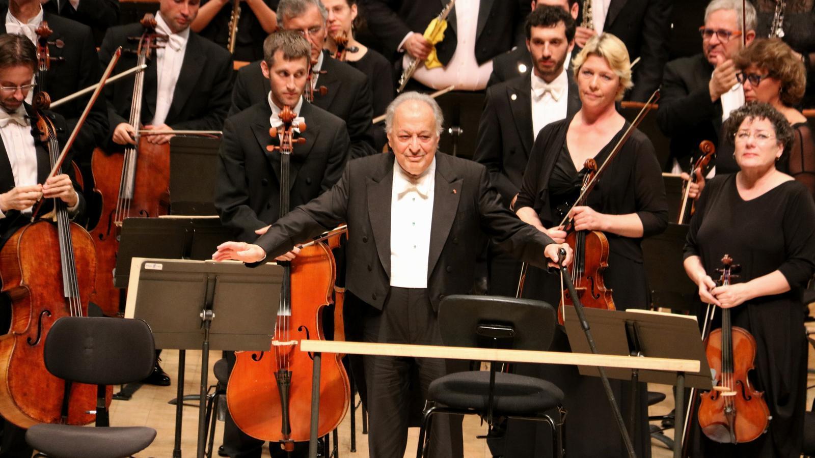 Zubin Mehta, ovacionat a L'Auditori en un concert-plebiscit