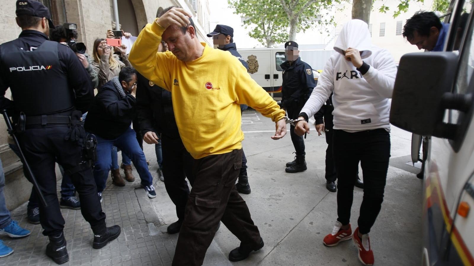 La Policia no descarta un efecte imitació en l'onada de contenidors cremats a Palma