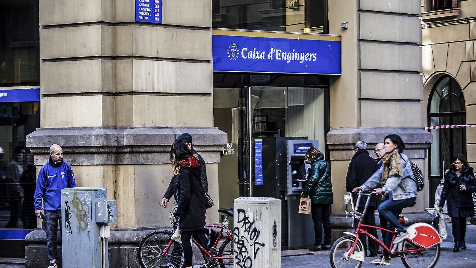 Oficina central de la Caixa d'Enginyers a Barcelona.