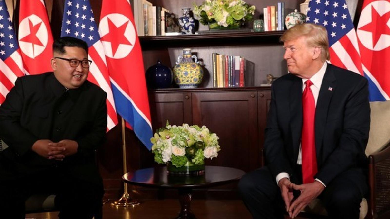 """Trump i Kim acorden treballar per """"l'estabilitat"""" i la """"desnuclearització"""" de la península Coreana"""