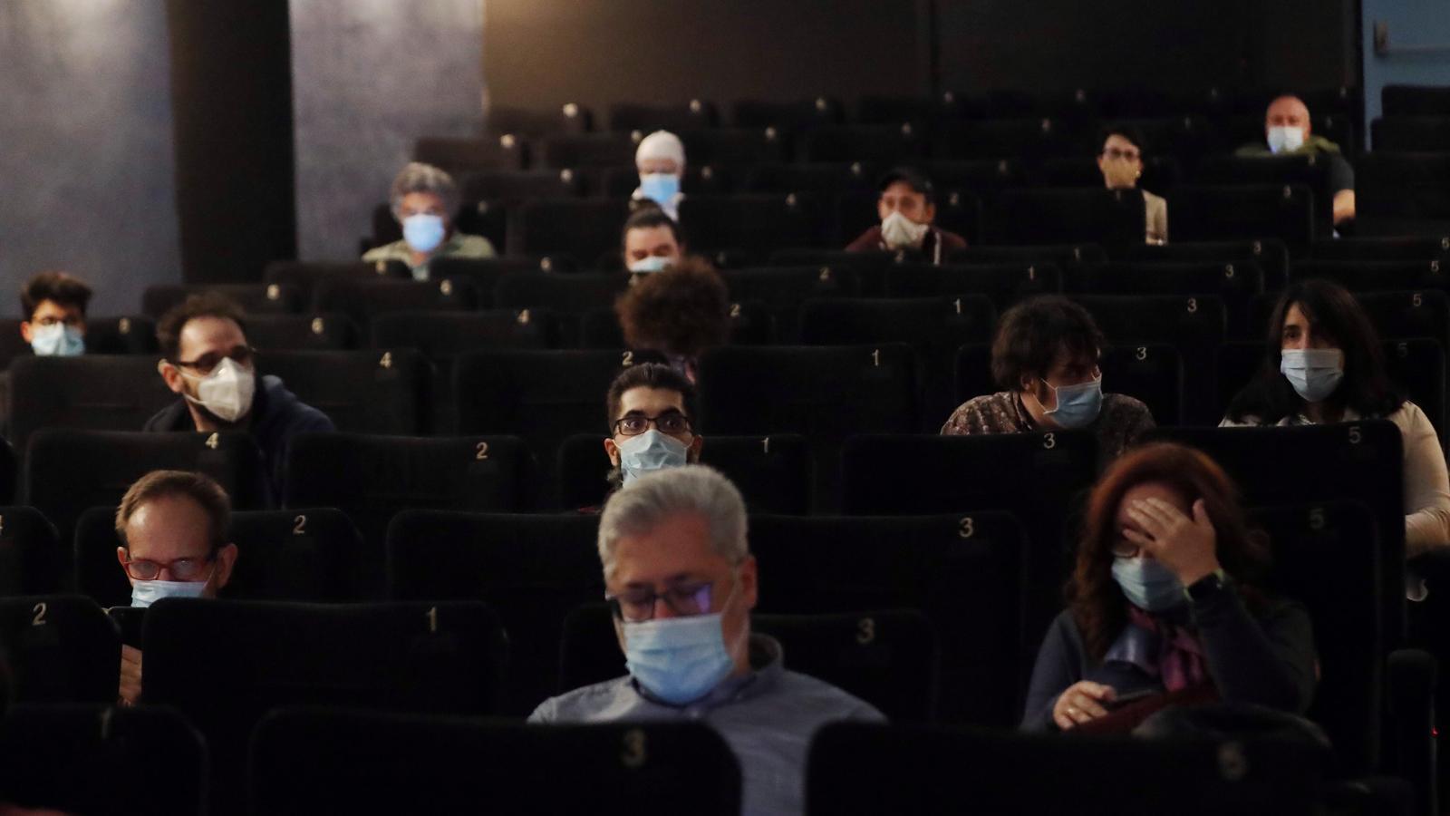 """""""Si aquest cap de setmana tanquen els cinemes de Barcelona no hi haurà estrenes a Espanya fins a l'octubre"""""""