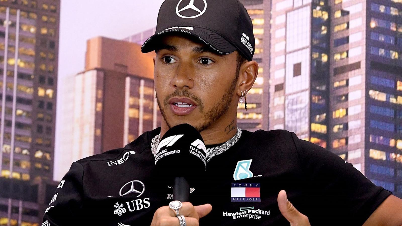 Lewis Hamilton, durant la roda de premsa del GP d'Austràlia