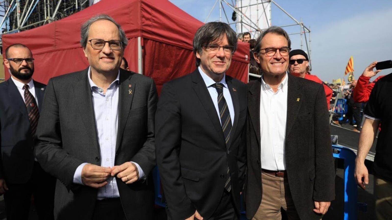Compareixença amb els presidents Artur Mas,  Carles Puigdemont i Quim Torra des de Perpinyà