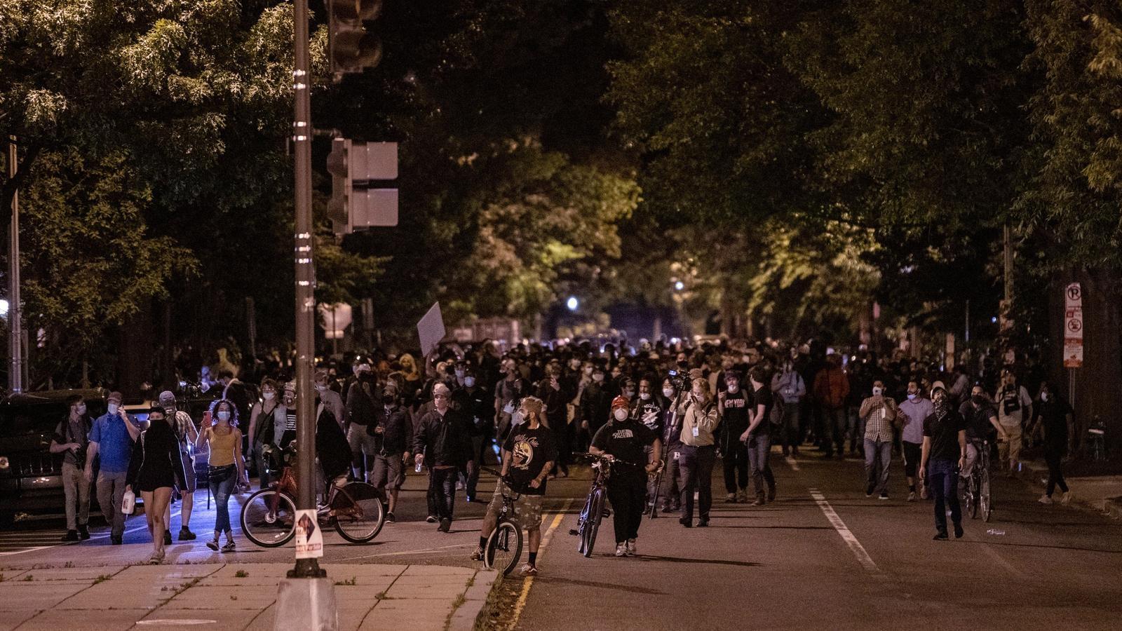 Protestes contra el racisme institucional a Washington aquest dilluns a la nit