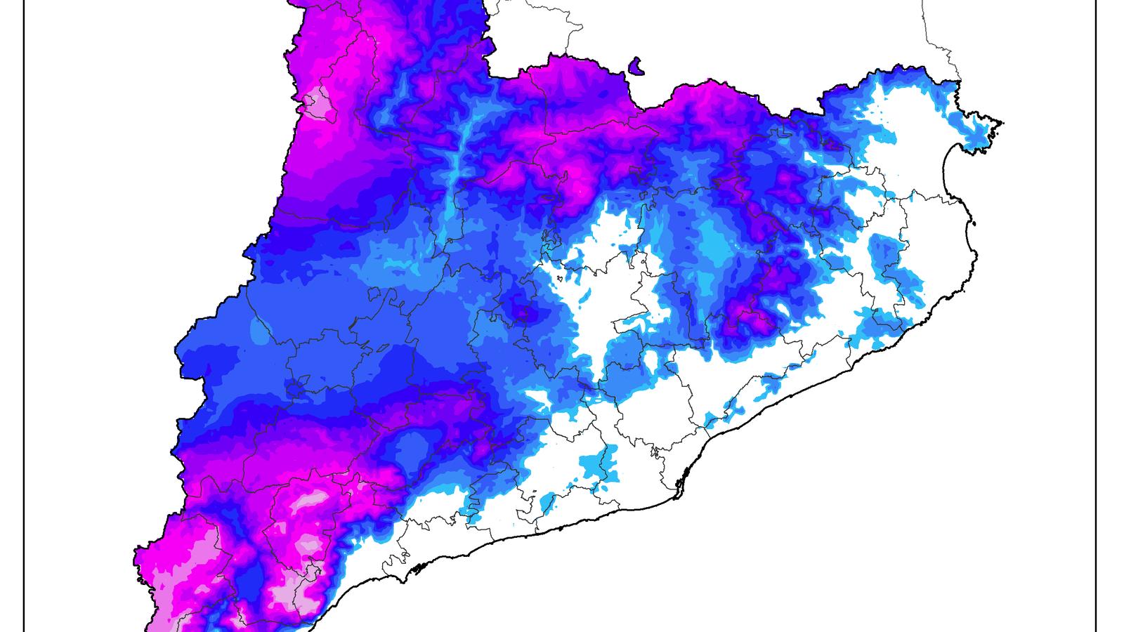 Acumulacions de neu fins ahir a les vuit del vespre / METEOCAT