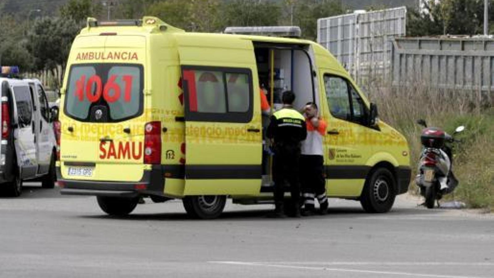 Una ambulància.
