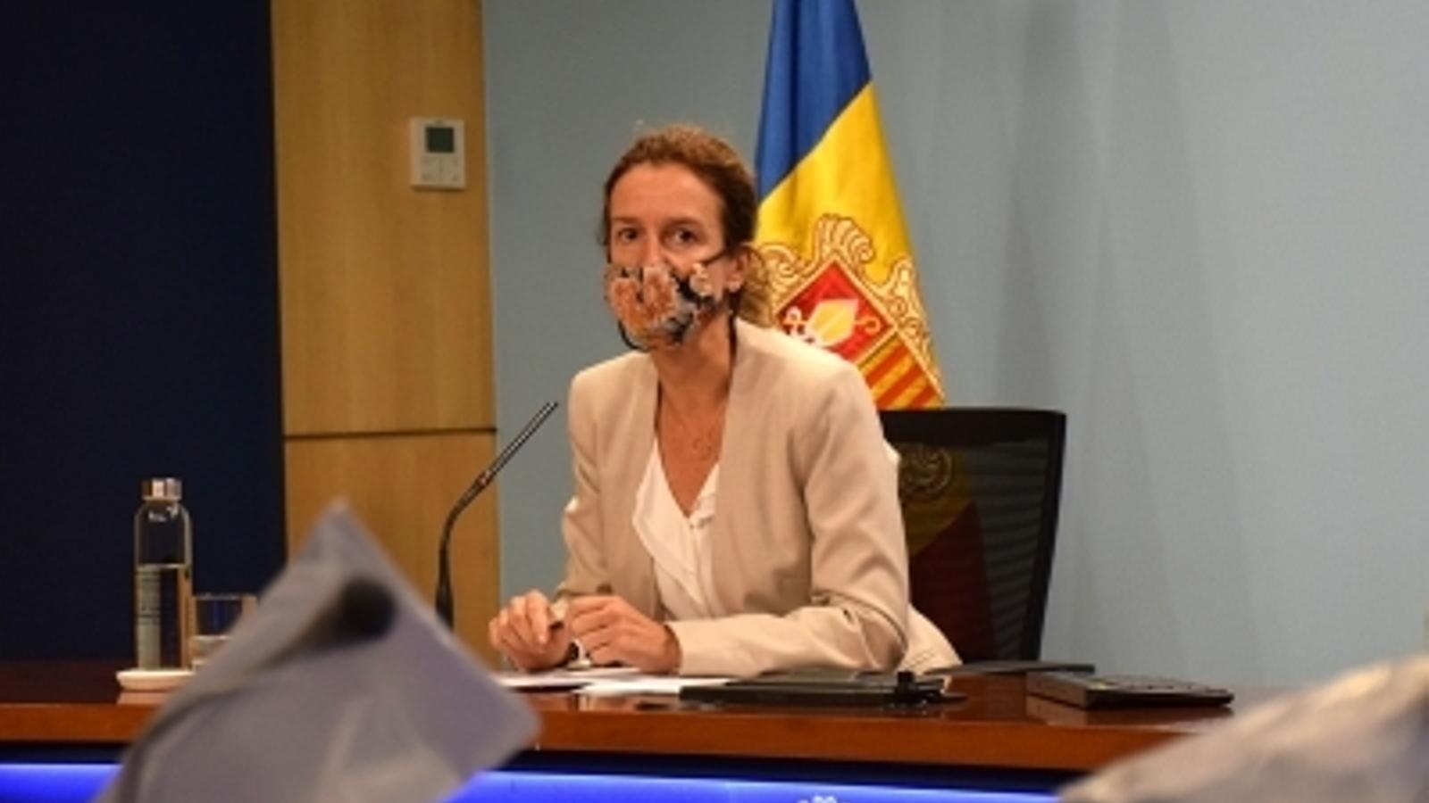 La ministra de Medi Ambient, Agricultura i Sostenibilitat, Sílvia Calvó, durant la roda de premsa posterior al consell de ministres / MF