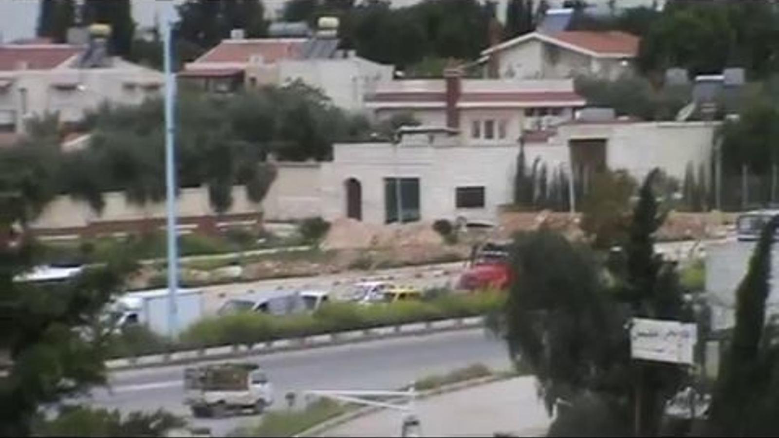 Tancs al nord de Hama després que s'acabi el termini per l'alto el foc del pla Annan