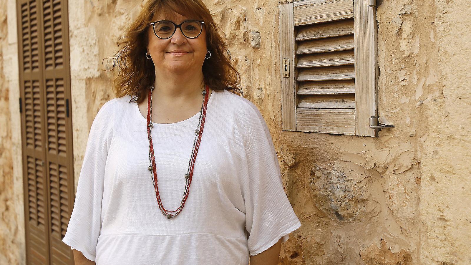 """""""Només Puigpunyent compleix destinant el     seu 0,7% al Fons"""" Maria Antònia Mulet"""