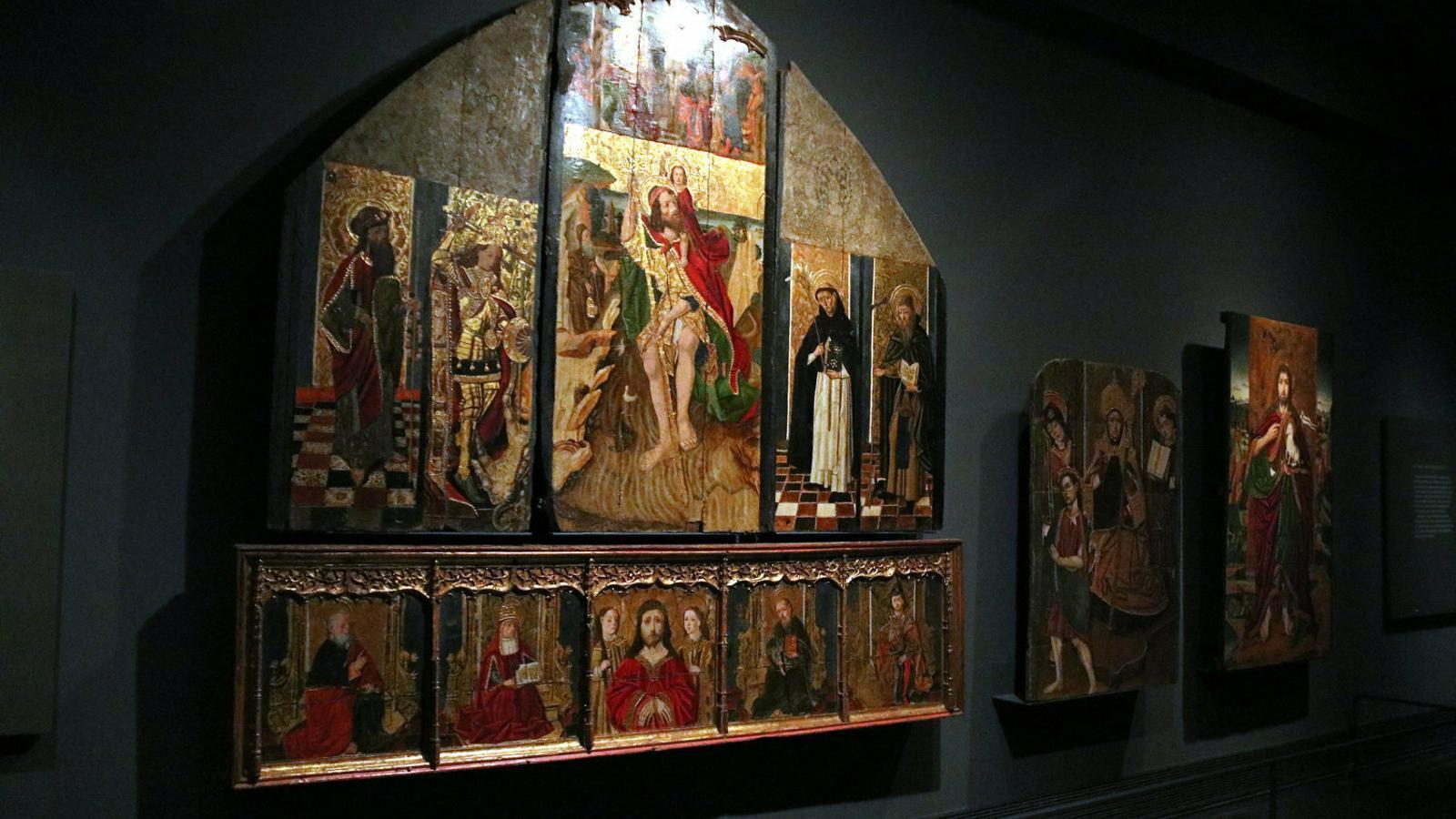 Tres de les obres de la Franja exposades al Museu de Lleida.