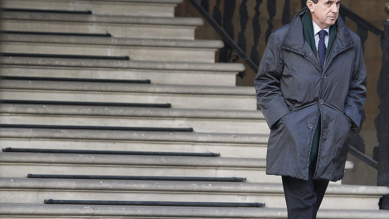 NÓOS, EL CAS MÉS GREU PER A MATAS... PER ARA   Amb el cas Nóos, Jaume Matas, que ja té dues condemnes a penes de 9 mesos i multa, s'enfronta al cas més greu. L'acusació contra ell és d'onze anys de presó i haurà de donar comptes de per què es pagaren més de 2,5 milions d'euros públics a l'institut d'Urdangarin.