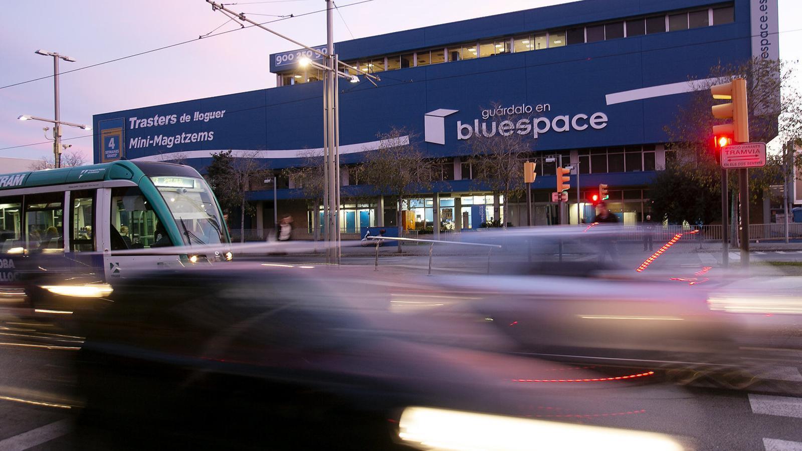 Viure en un traster de Bluespace: la cara més dura de la precarietat