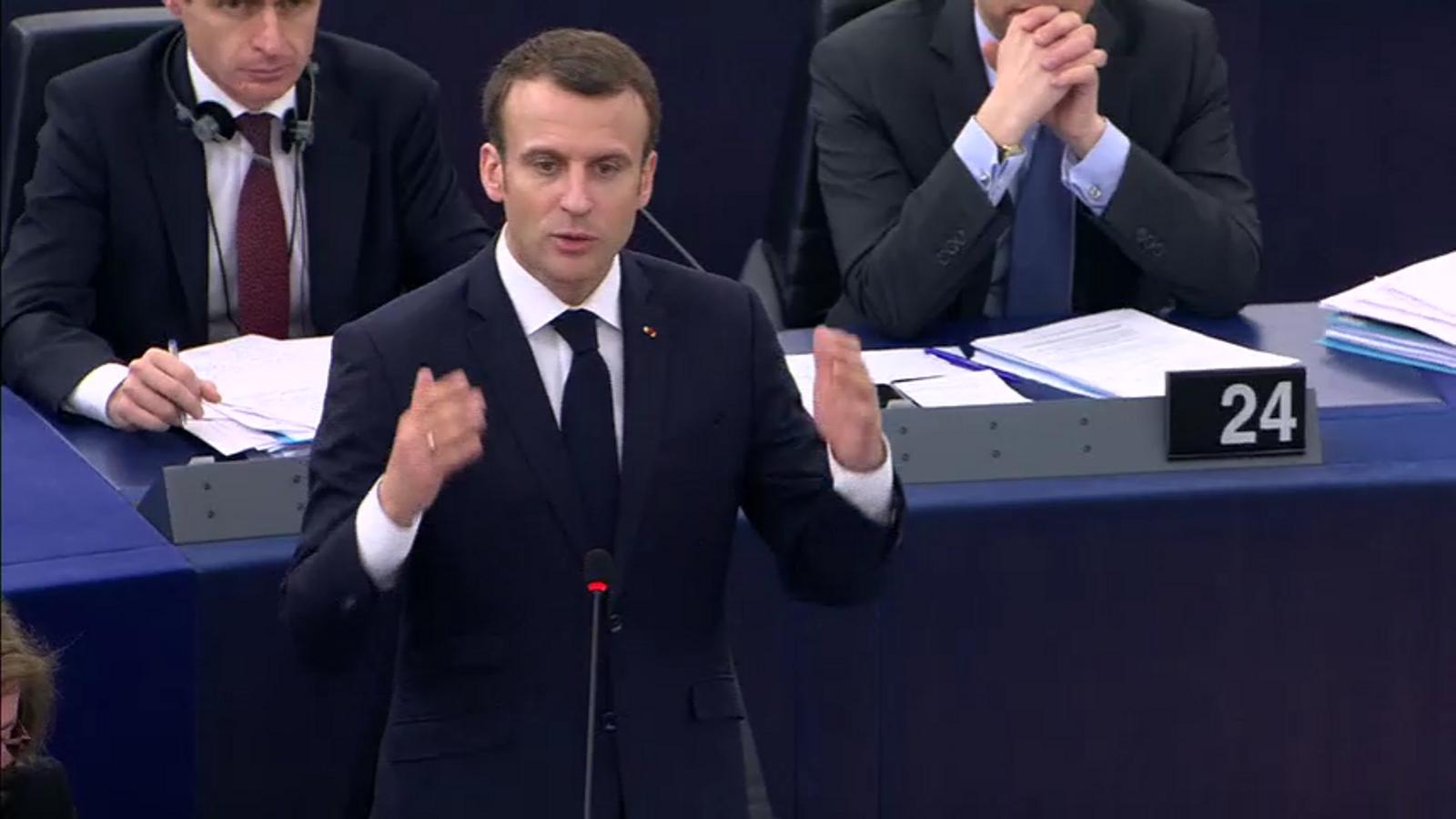 La paraula que Macron no ha dit sobre Catalunya (i que l'intèrpret espanyol s'ha inventat)