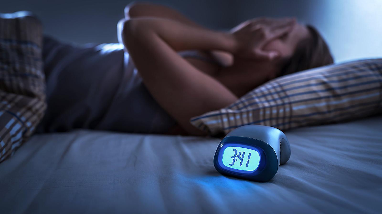 Per què no dormir és mortal? No ho pregunteu al cervell, sinó als budells