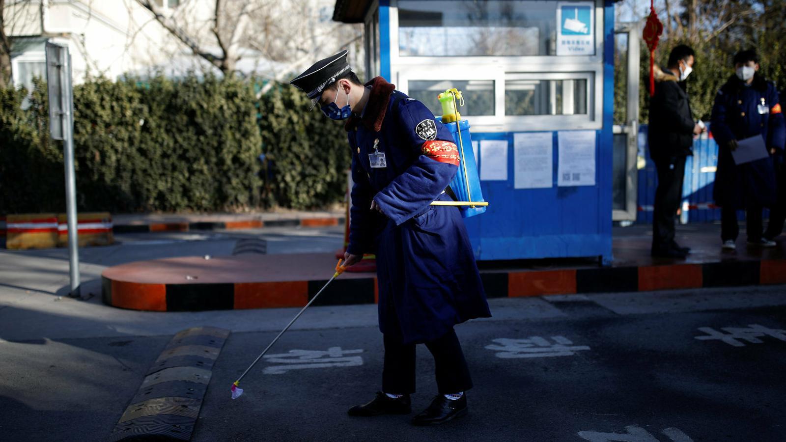 Una epidèmia que posa  en evidència la Xina