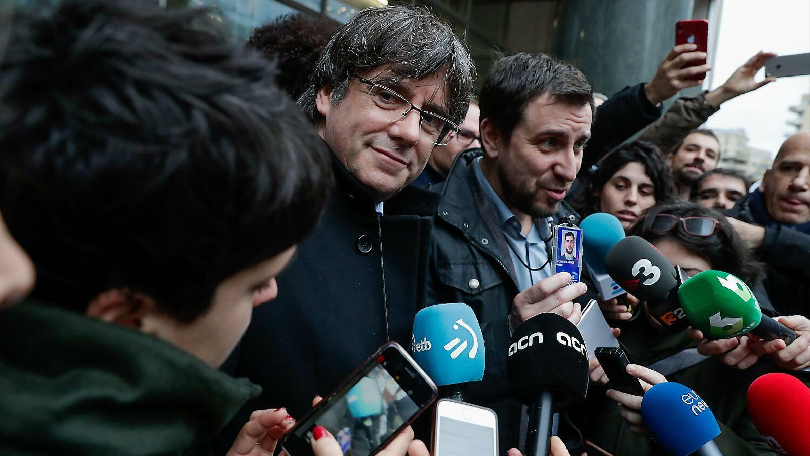 Puigdemont i Comín el passat desembre davant la seu del Parlament Europeu a Brussel·les.
