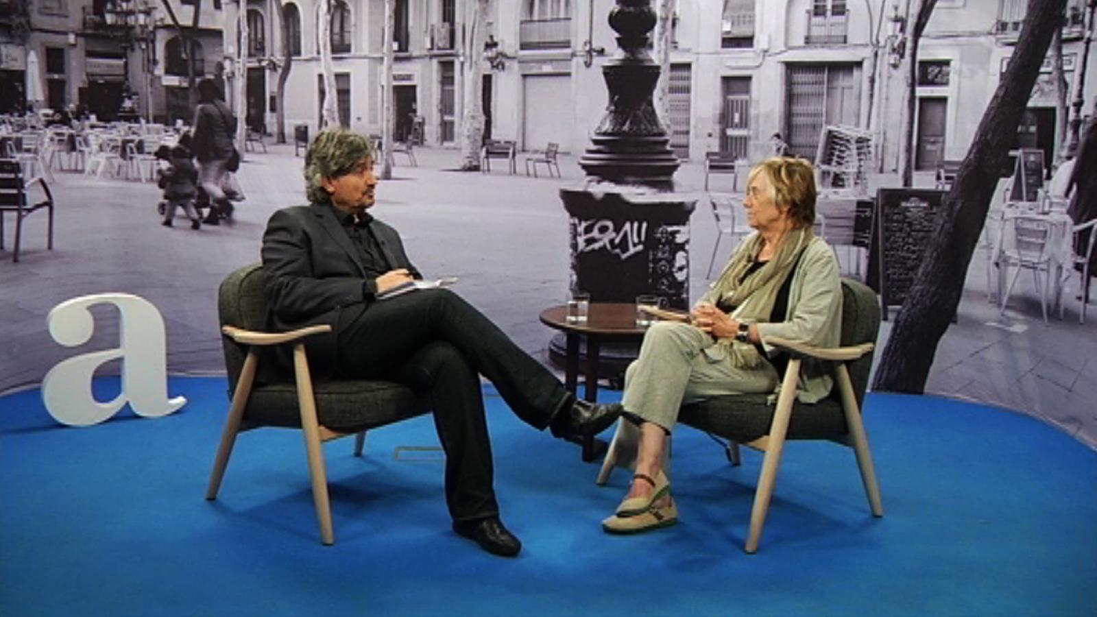 Entrevista de Carles Capdevila a Maria Jesús Comellas