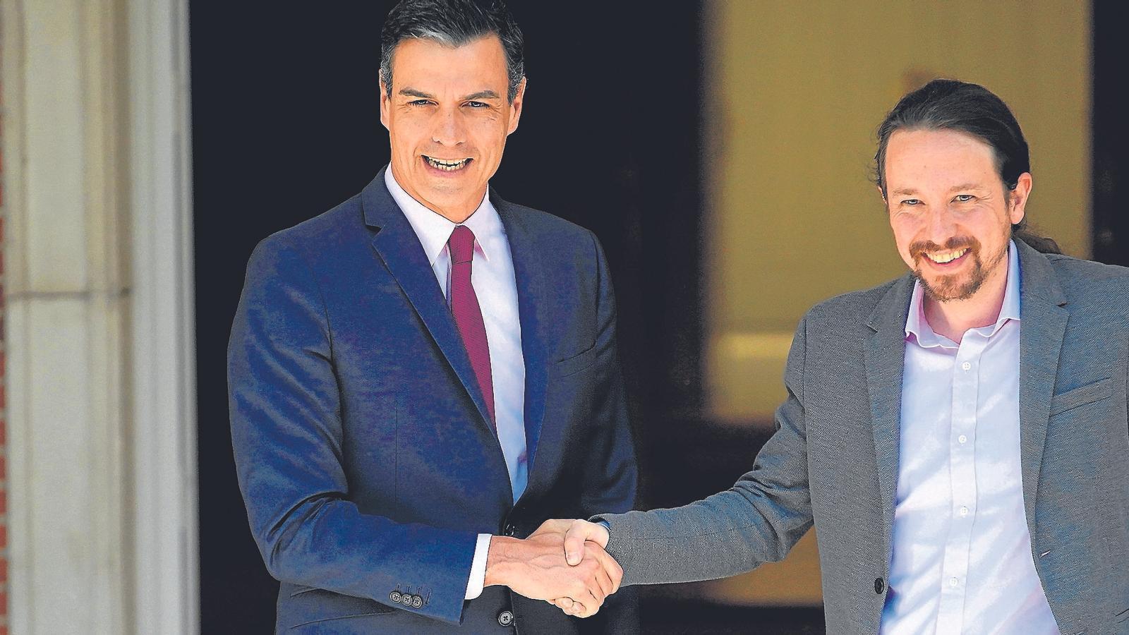 Sánchez arriba a la investidura pendent de l'acord amb Podem