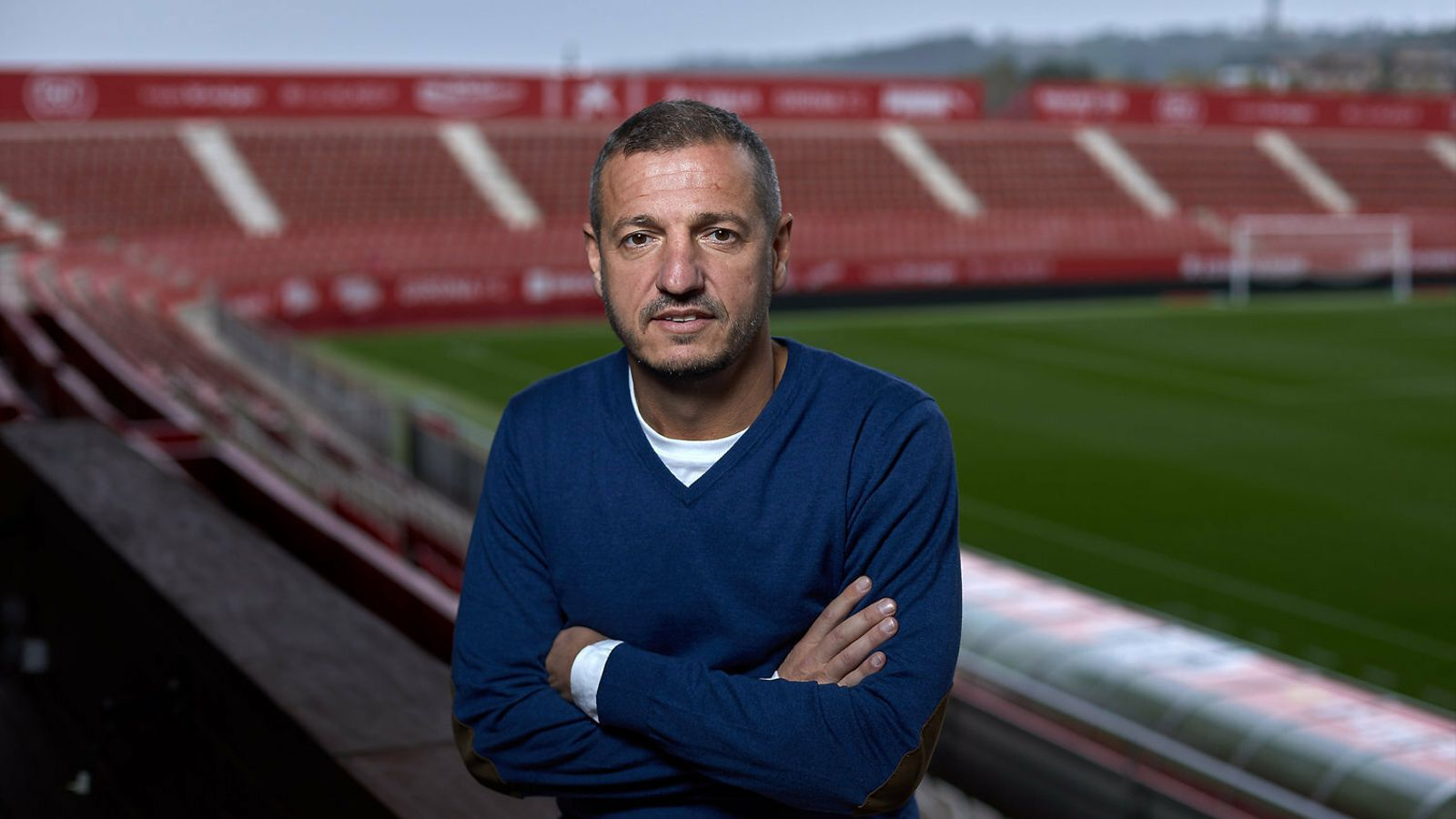 Quique Cárcel, secretari tècnic del Girona, a les graderies de l'estadi de Montilivi.