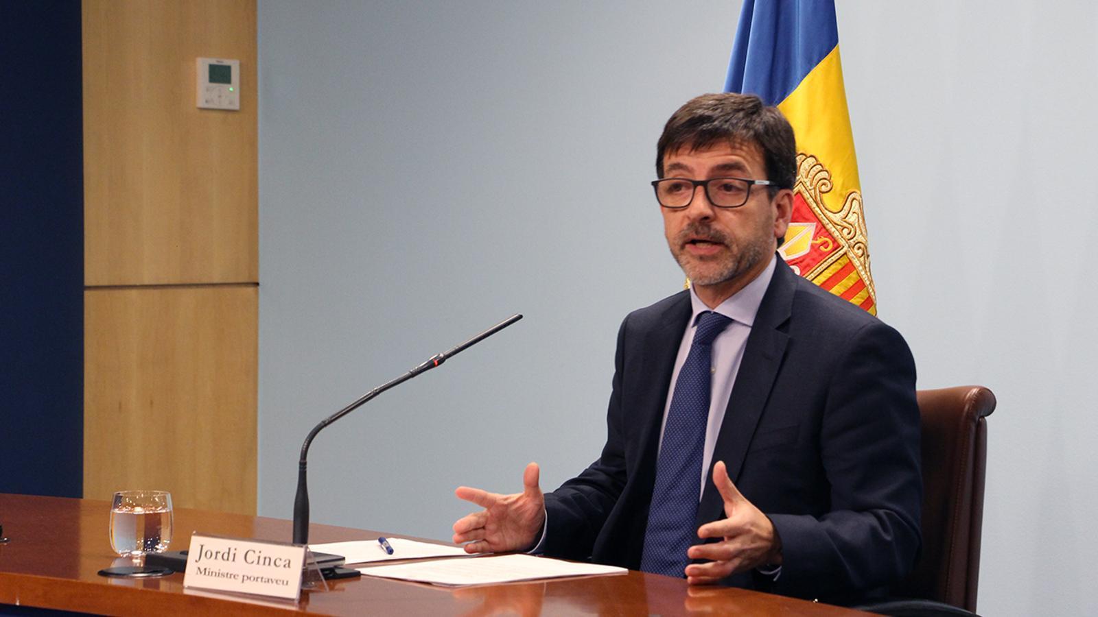 El ministre portaveu en funcions, Jordi Cinca, durant la roda de premsa posterior al consell de ministres. / M. M. (ANA)