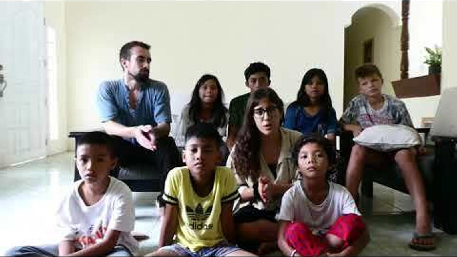 Una mallorquina i un català lluiten perquè el coronavirus no deixi al carrer un centenar de nins filipins