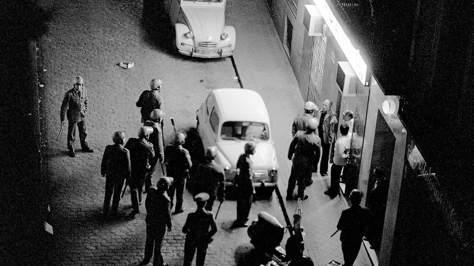 Ni modèlica ni pacífica: més de mig miler de morts entre el 1975 i el 1982