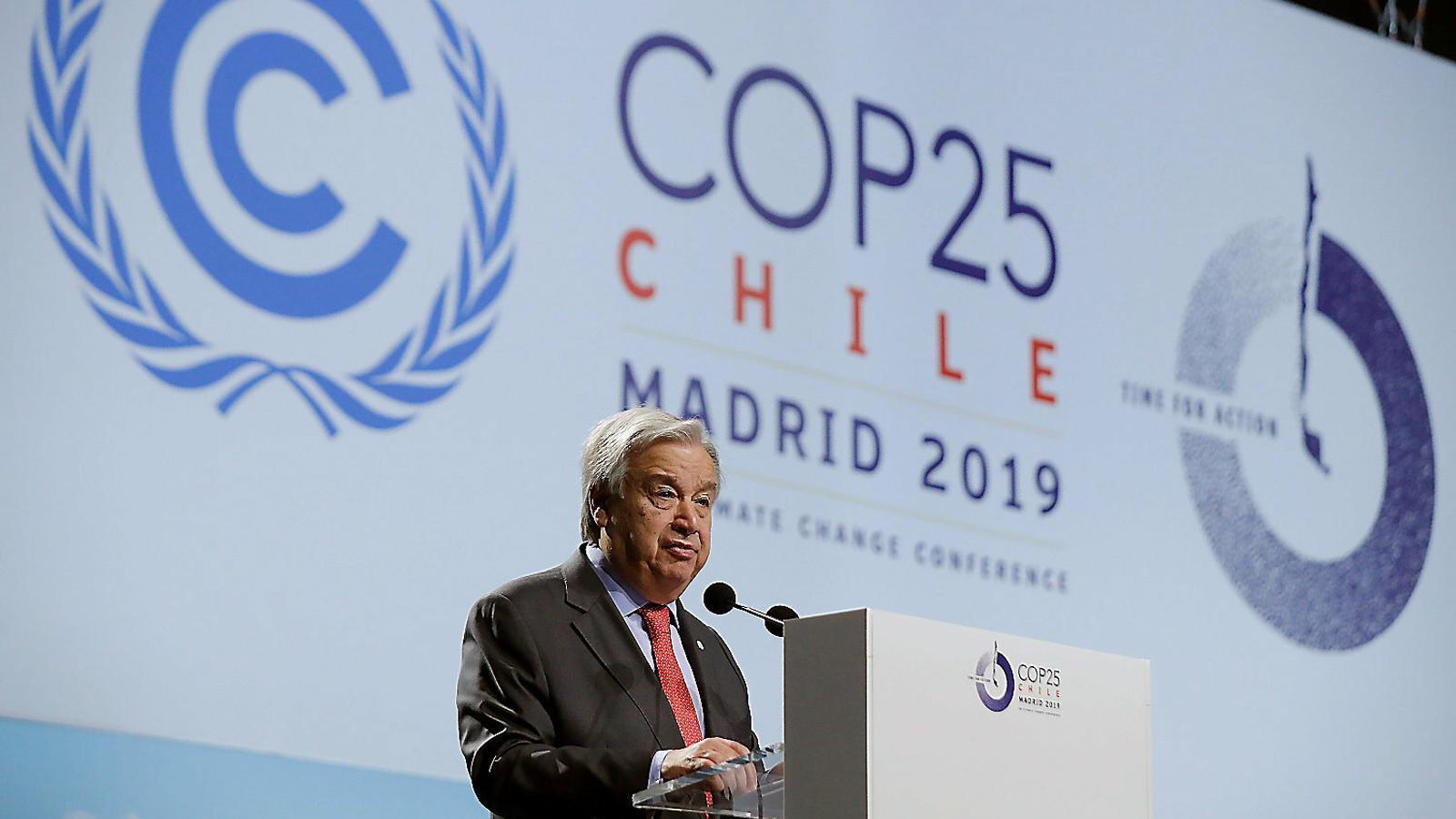 01. El president espanyol, Pedro Sánchez, i la líder demòcrata Nancy Pelosi durant la COP25 a Madrid. 02. El secretari general de l'ONU, António Guterres, en la inauguració.