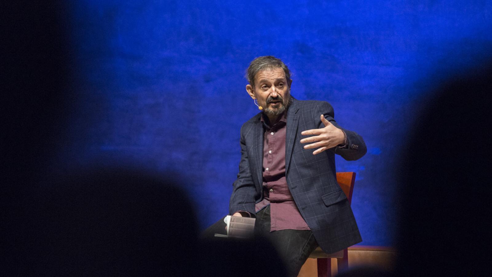 'Viure amb humor' el monòleg en 15 minuts