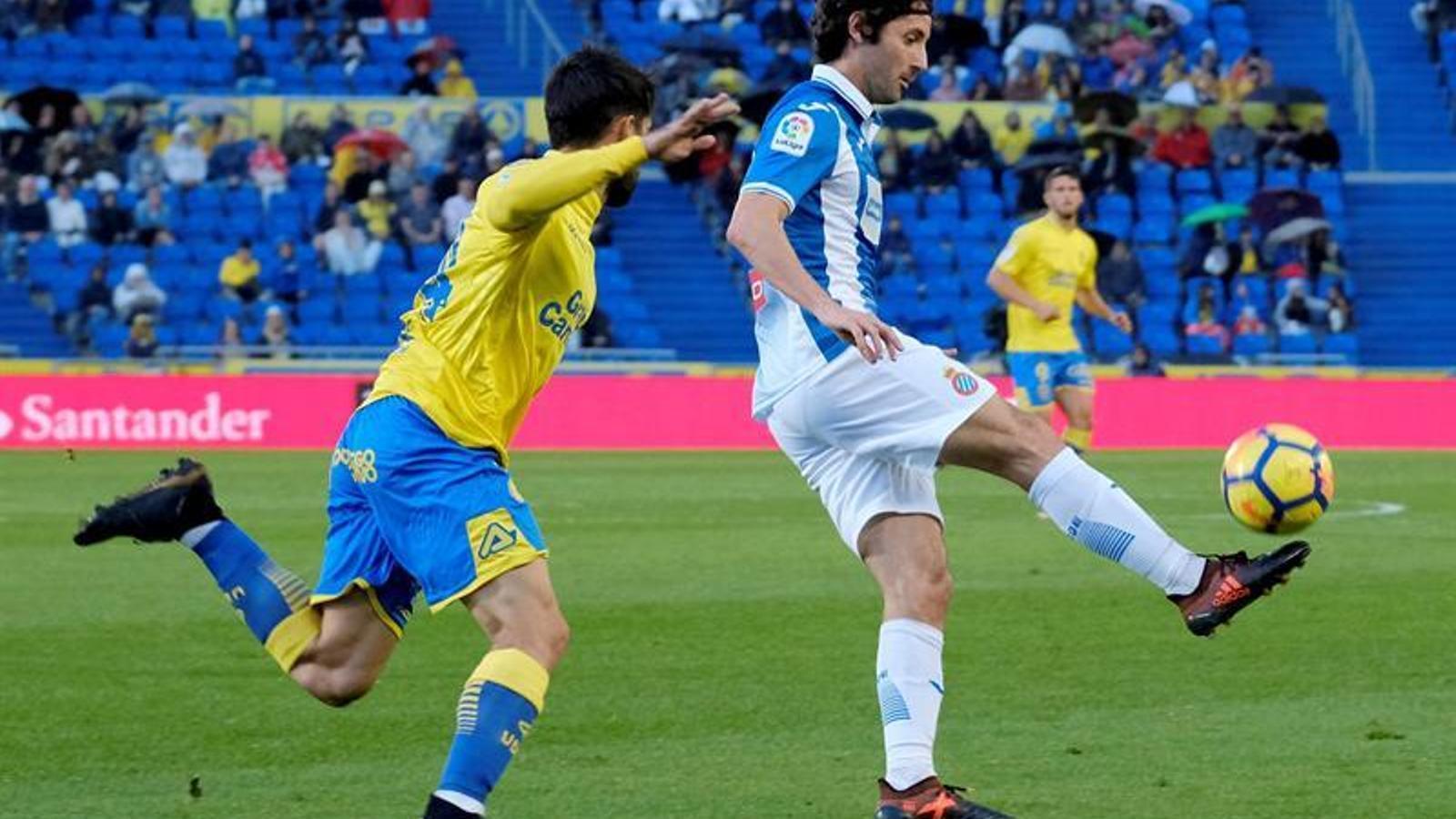 La titularitat de Granero va ser una de les grans sorpreses de l'onze de l'Espanyol