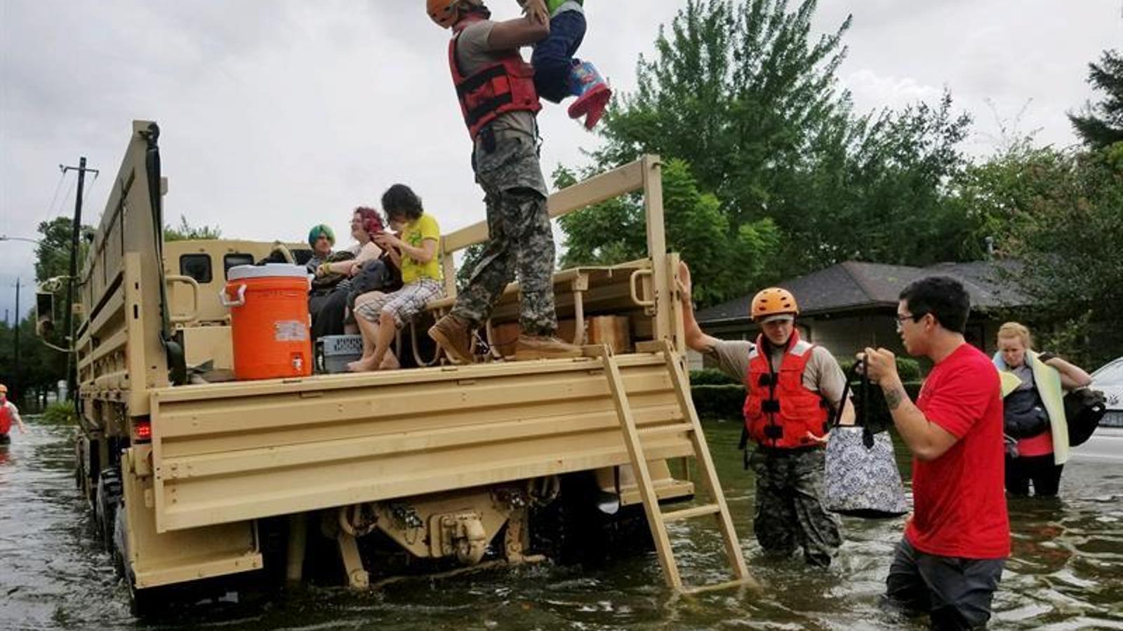 La tempesta 'Harvey' provoca inundacions històriques als EUA