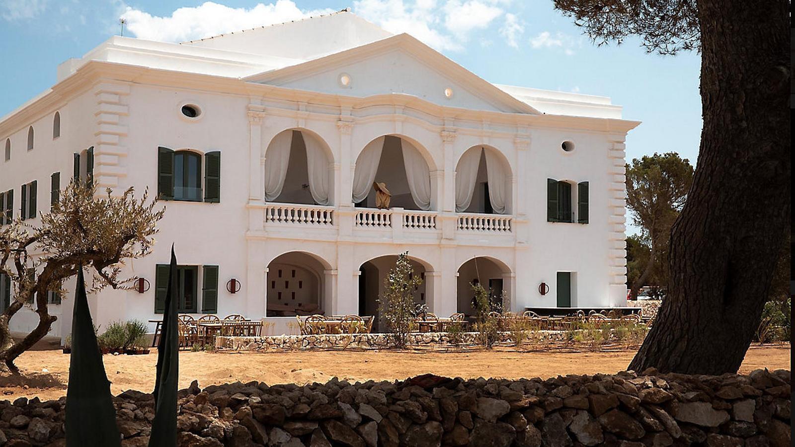Un país per confinar-s'hi Menorca Experimental De vacances a casa d'un artista (i amb molt poca gent)