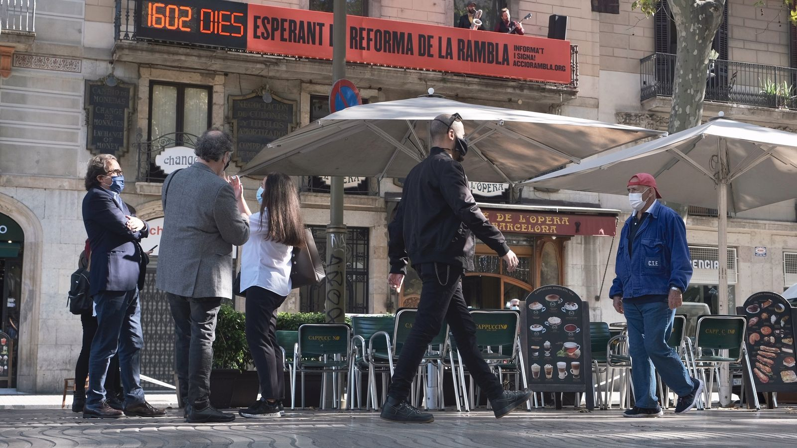 La Rambla de Barcelona compta els dies de retard de la seva reforma