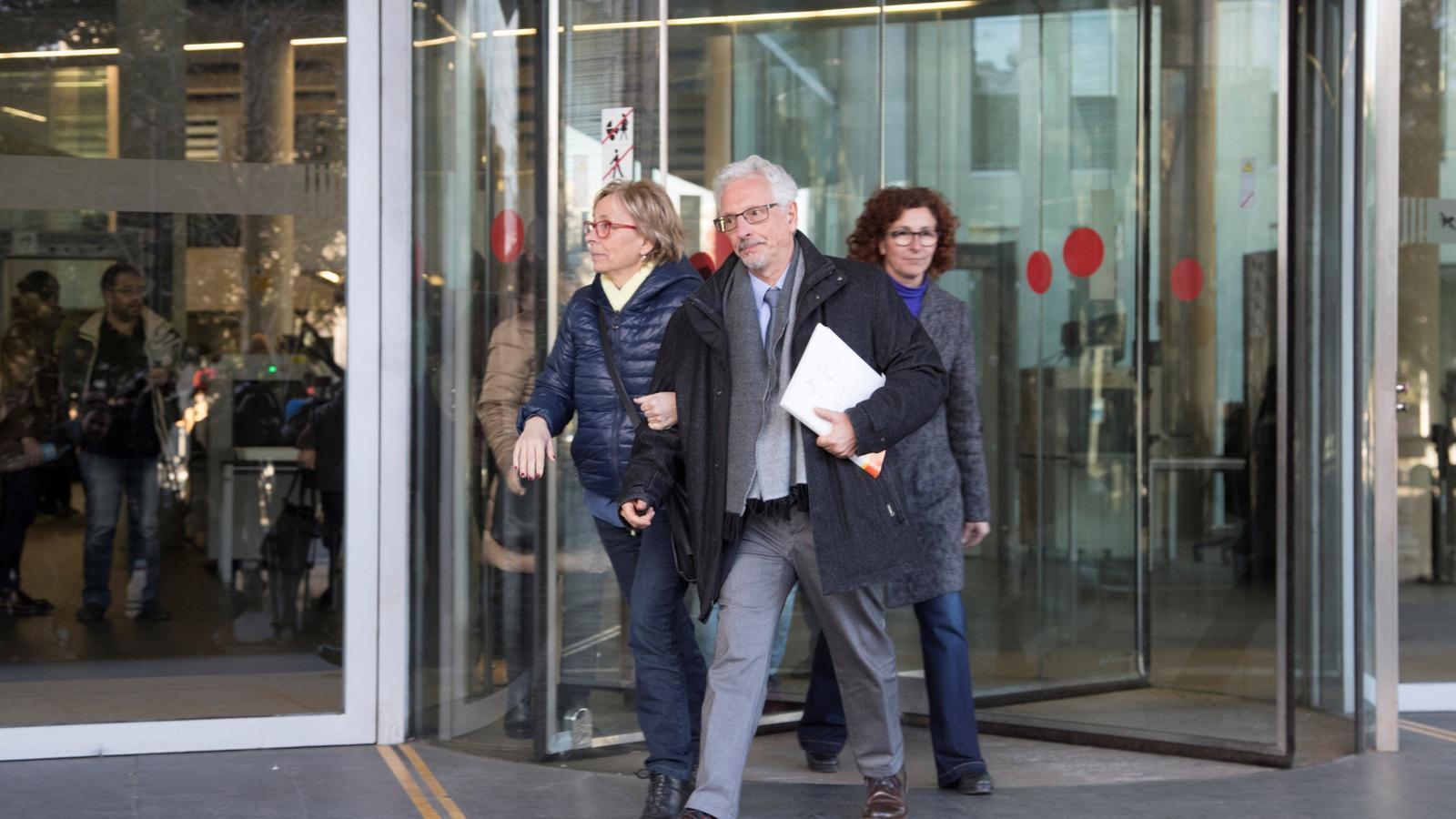 L'exmagistrat i exsenador d'ERC Santiago Vidal, a la seva sortida de la Ciutat de la Justícia, després de declarar davant del jutjat d'instrucció 13