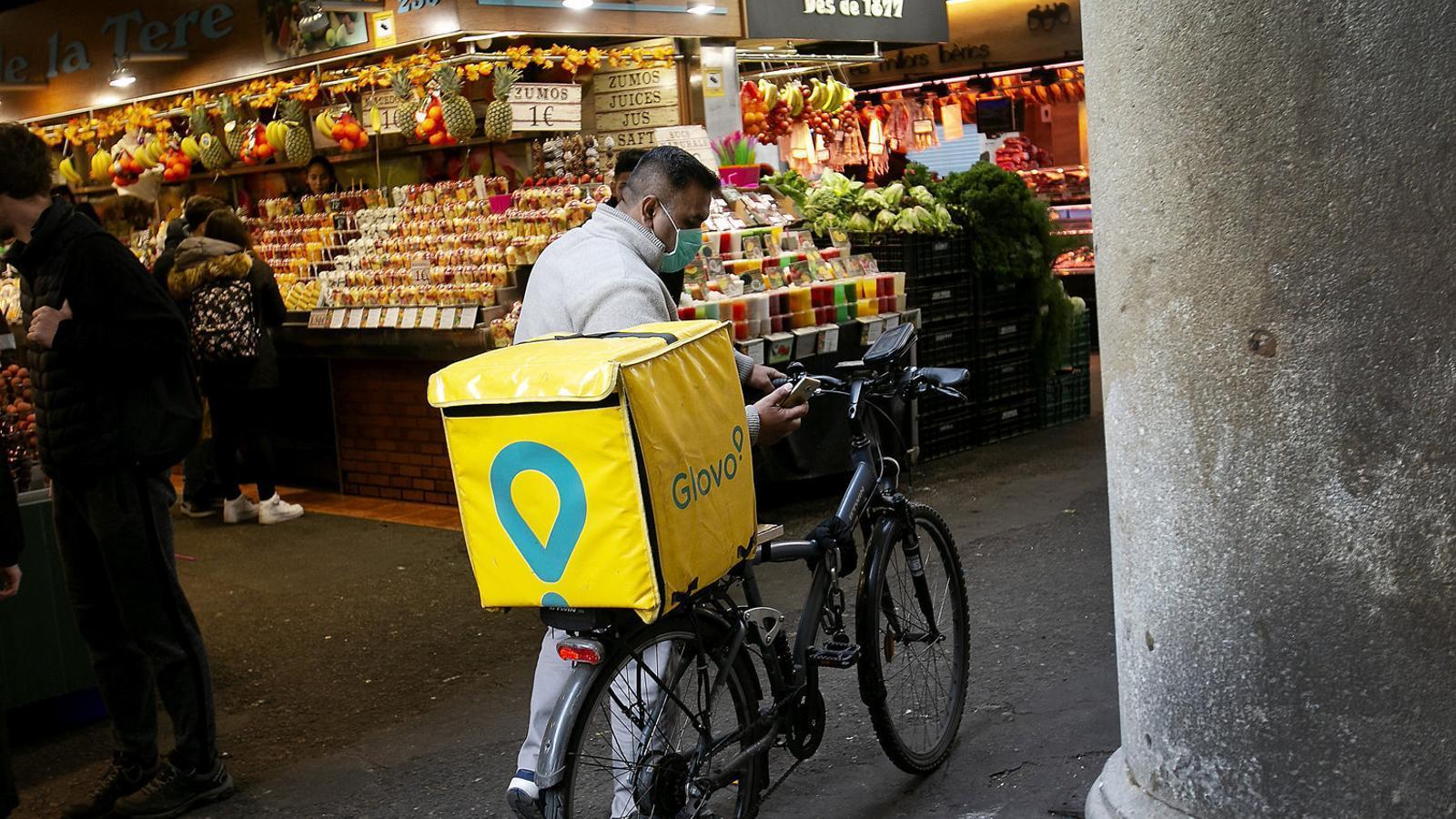 Un soci de Glovo entra a la cursa per digitalitzar els mercats barcelonins