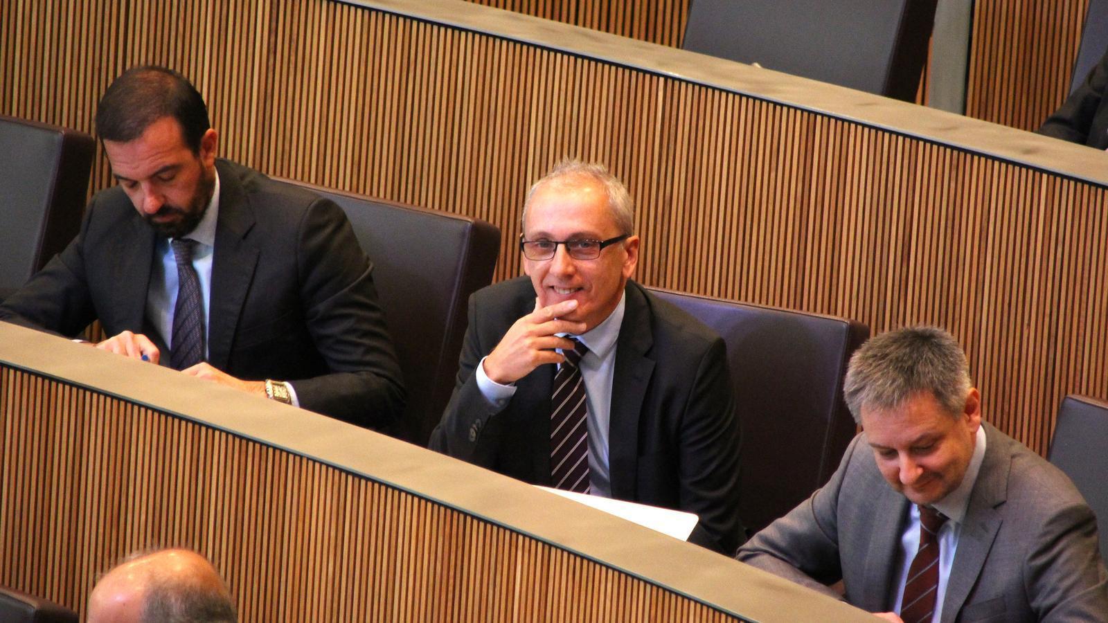 El ministre de Turisme, Francesc Camp, durant la sessió de Consell General. / M. F. (ANA)