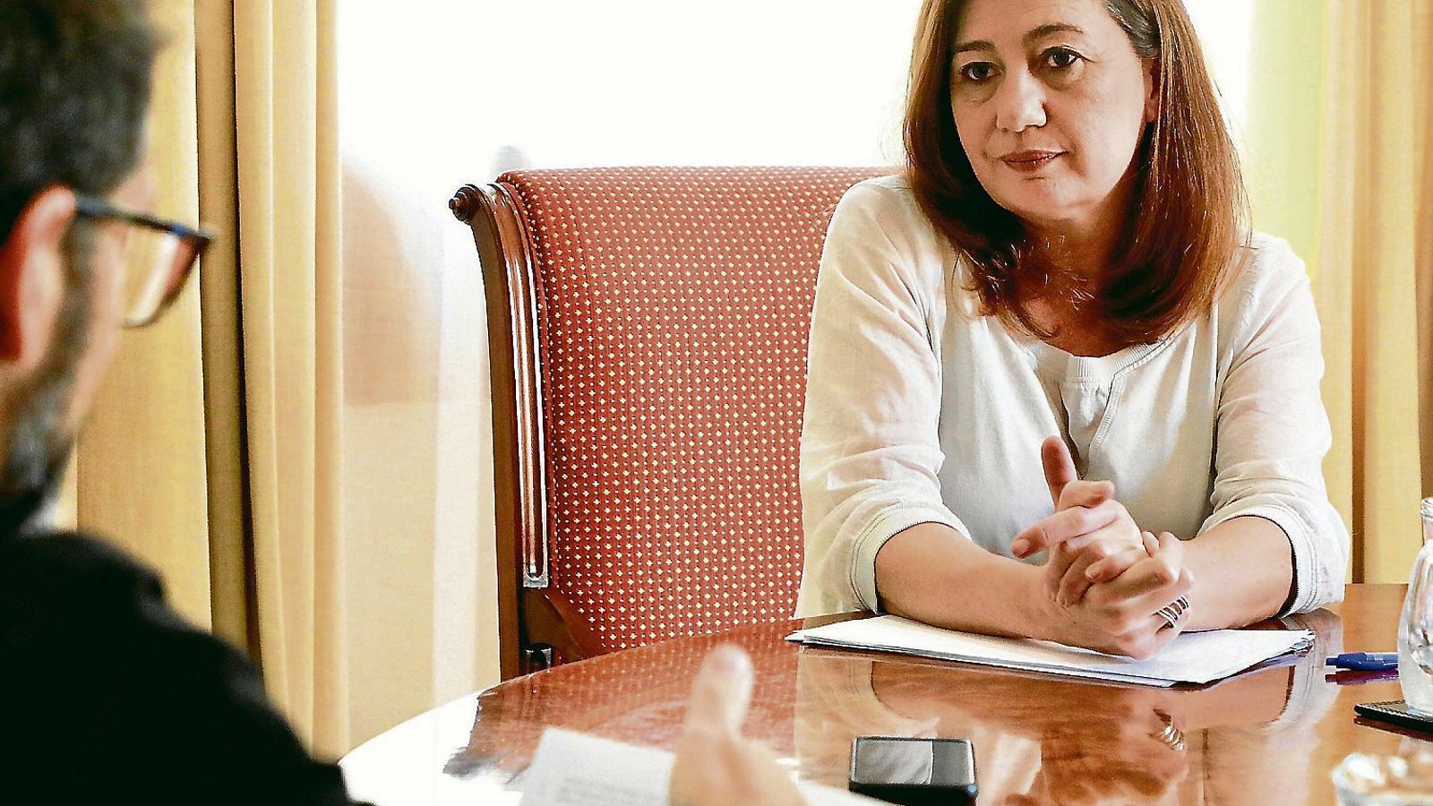 """Francina Armengol: """"No tot el territori espanyol és homogeni davant la malaltia i no totes les receptes poden ser iguals"""""""