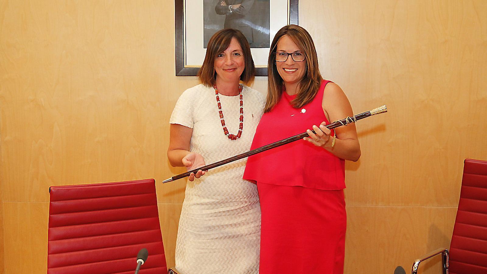 El trencament entre PSOE i Més per Menorca s'ha escenificat en el primer ple de la institució.
