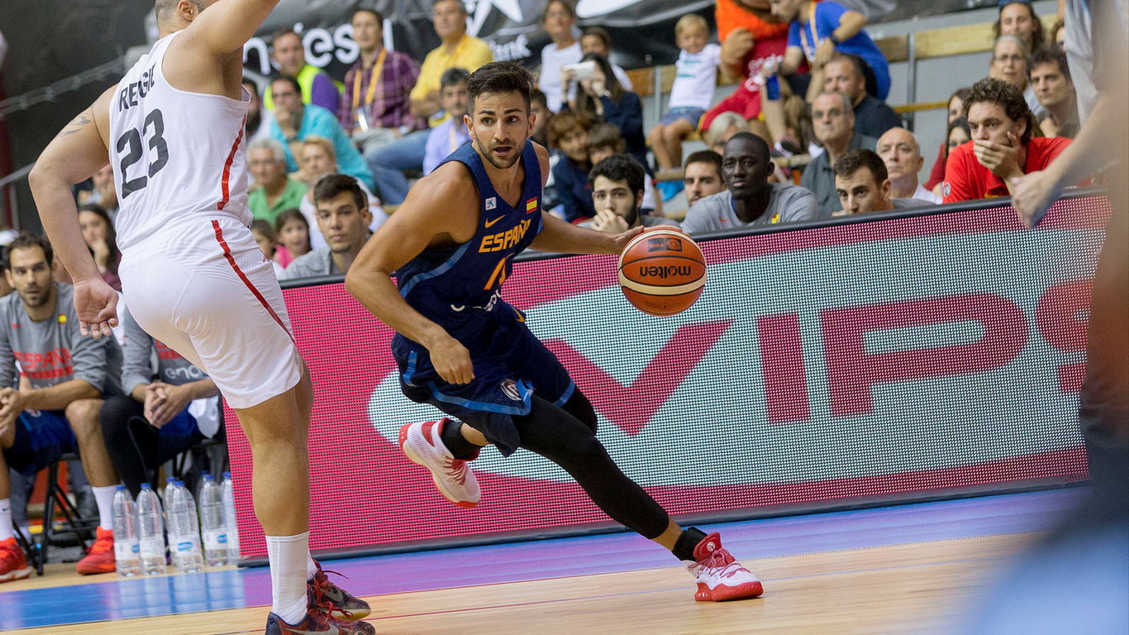 Ricky Rubio lidera el joc de la selecció espanyola de bàsquet