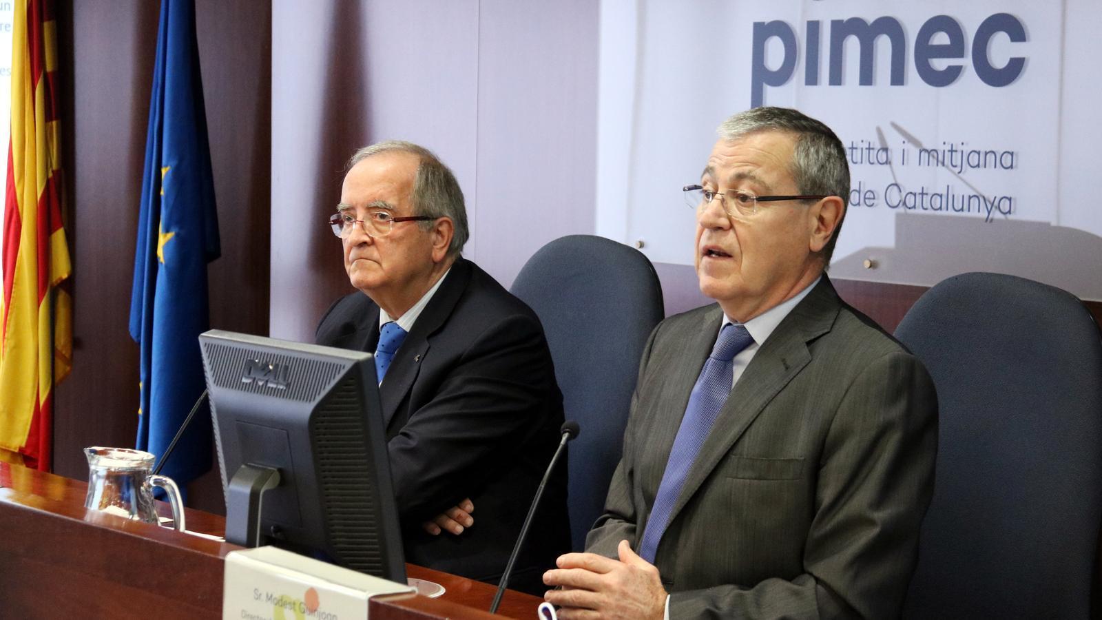 El president de Pimec, Josep González, i el director de l'Observatori, Modest Guinjoan.