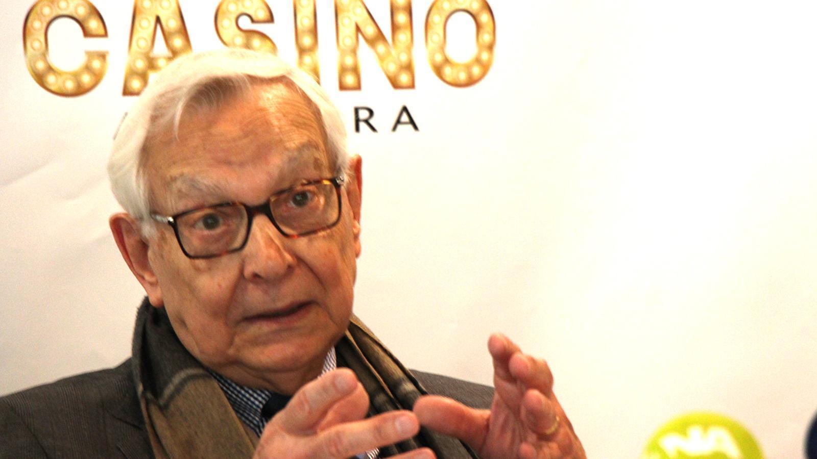 El president de PVG Casino, Francesc Larroca, durant la presentació del projecte. / B. N.