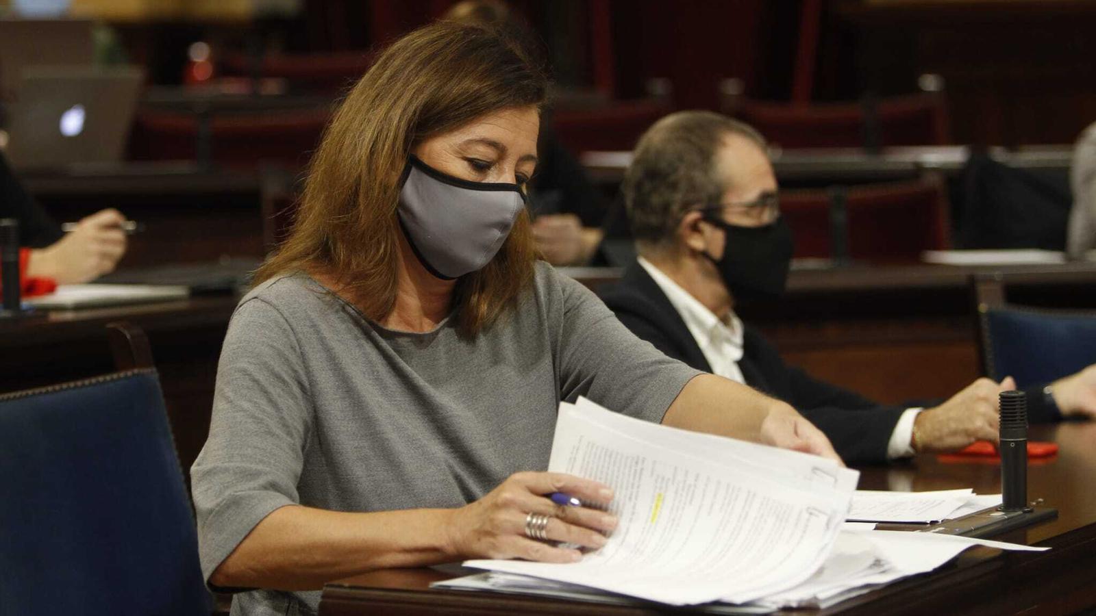 S'acumulen els indicis que situen Francina Armengol en un bar incomplint les restriccions pel coronavirus