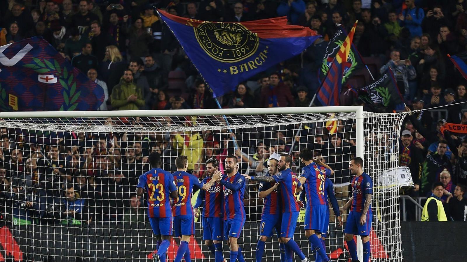 Després d'empatar amb el Madrid, el Barça es va llepar les ferides dimarts golejant el Gladbach a la Champions.
